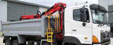 grab hire sheffield - muck away